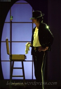 315 - michael-celebrates-30-years-as-an-entertainer-at-madison-square-garden-in-new-york-city(135)-m-36