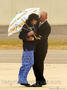Mike-Airport-michael-jackson-12595653-778-1052