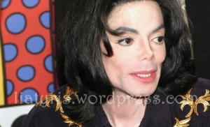 Michael Jackson Visits The Las Vegas Aladdin Hotel